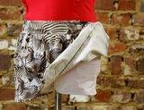 Skort (rokje en short in 1) zebra/wit maat 10 jaar (140)_