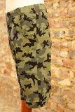 Bermuda camouflage groen maat 7 jaar (122)_