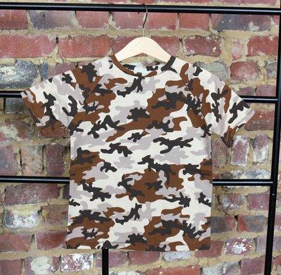 T-shirt cammouflage 6 jaar (116)
