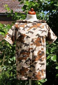 T-shirt met of zonder kap